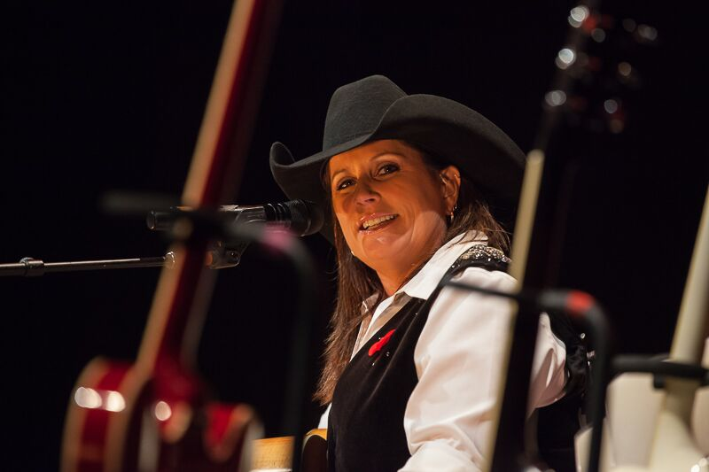 Terri Clark Back To My Roots Tour Photos